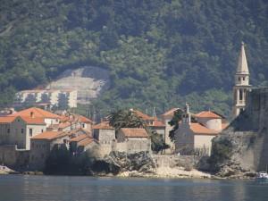 Regata Est 105 e Montenegro